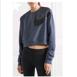 Nike Dri Fit Versa Graphic Crop Sweatshirt